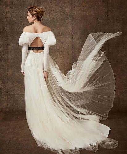 vestido-de-noiva-2020-mangas-volumosas-loho_bride1