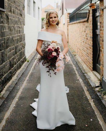 vestido-de-noiva-decote-de-um-ombroso-longwayhomephotography