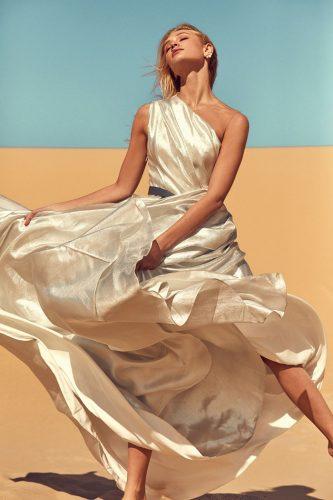 vestido-de-noiva-decote-de-um-ombroso-onedaybridal1