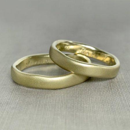 alianças-ouro-verde