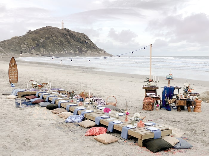 Destination wedding  leve, sustentável, DIY e pé na areia na Ilha do Mel – Pri & César