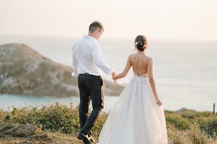 Elopement wedding cheio de significado para um casal russo em Arraial do Cabo – Christina & Anton