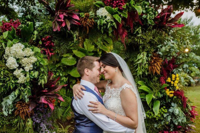 Destination wedding rústico com plano A no final da tarde do interior de São Paulo – Jaqueline & Hugh