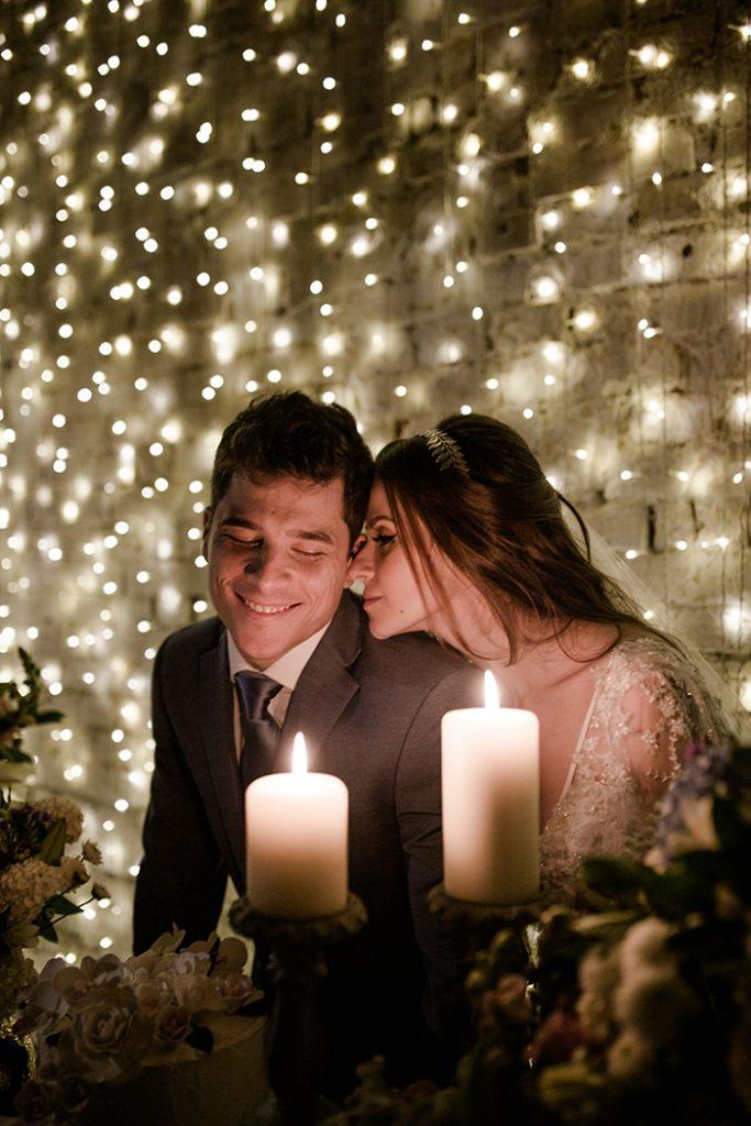 Casamento bonito na igreja e recepção rústica e aconchegante no Espaço Quintal- Carolina & Rodrigo