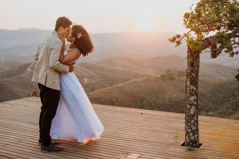 Confira nossa seleção de fotógrafos de casamento que indicamos de olhos fechados