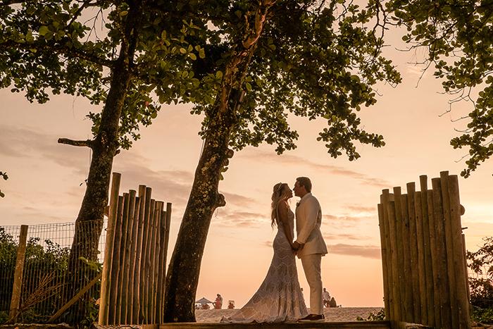 Casamento romântico e rústico ao pôr do sol em Toque Toque Pequeno – Patrícia & Guilherme