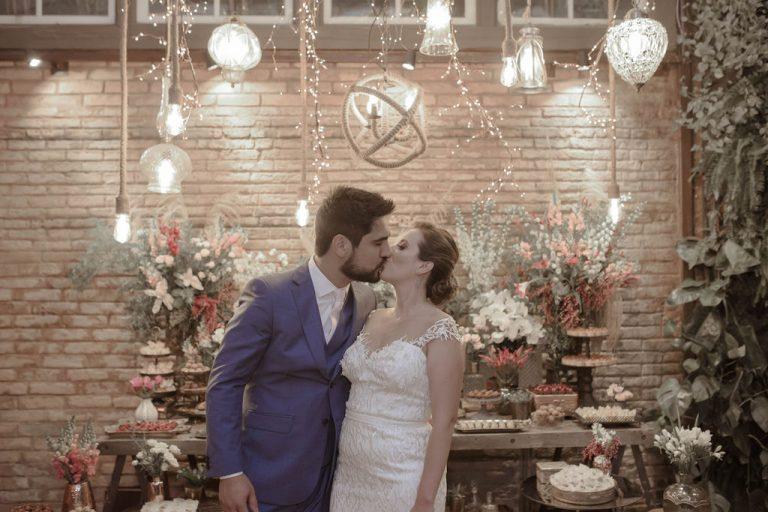 Casamento Rústico com uma pegada mais jovial em noite estrelada no Celeiro Quintal – Karina & Roblêdo