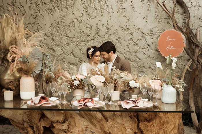 Delicado ensaio home wedding com romântica cerimônia no jardim – Samar & Arthur