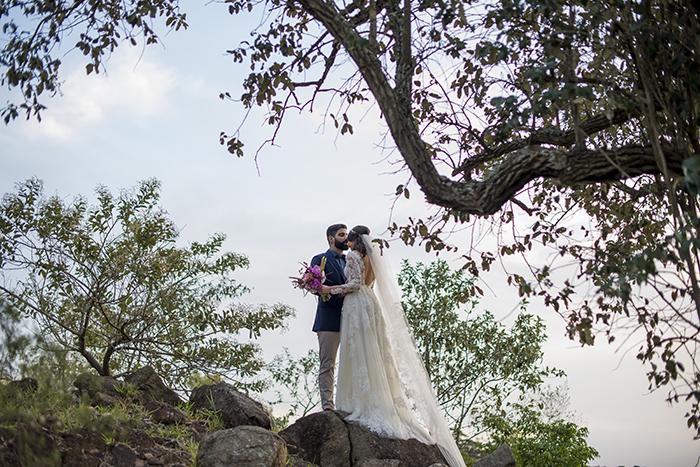 Casamento bem animado e rústico à beira da lagoa no interior de São Paulo – Lais & Rafael