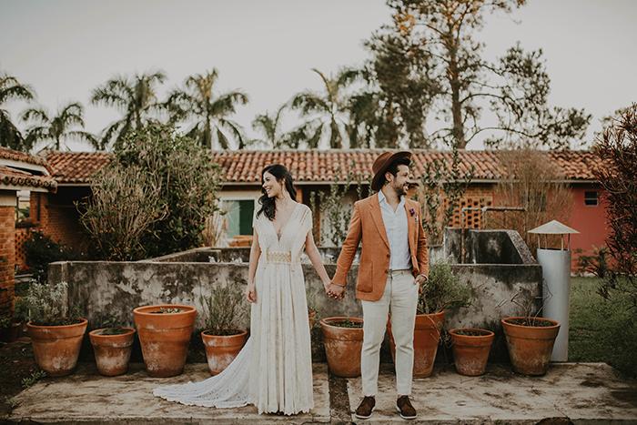 {Editorial US} um romântico ensaio boho de elopement wedding no campo
