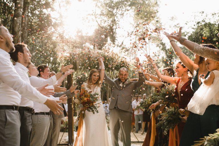 Casamento intimista e cercado de natureza na Villa Mandacarú – Vanessa & André