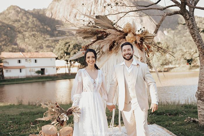 {Editorial Boho} Um Elopement Wedding ao ar livre cheio de criatividade e personalidade – Andressa & Guilherme