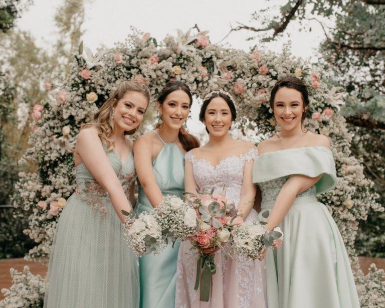 {Lápis Entrevista} A Florearte dá dicas preciosas de flores para buquês de noiva para casamento no campo