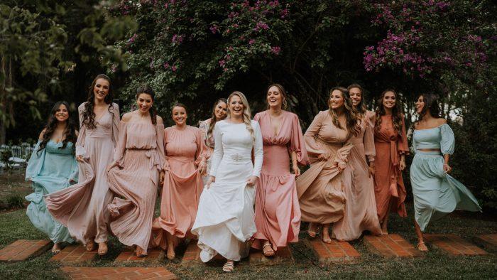 Casamento ao ar livre cheio de detalhes fofos em Santa Catarina – Vitoria & Ederson