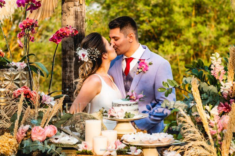 Elopement wedding com doce cerimônia ao ar livre no Covadonga Eventos – Pâmela & William