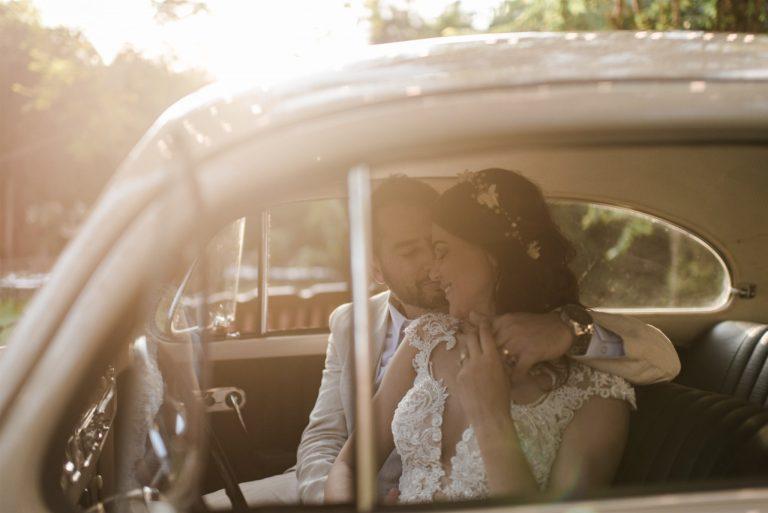 Casamento temático cheio de verde e acolhedor na Villa Mandacarú- Elisa & Roberto