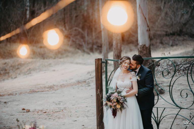 Um romântico e rústico elopement wedding no meio da floresta – Natalie & Matheus