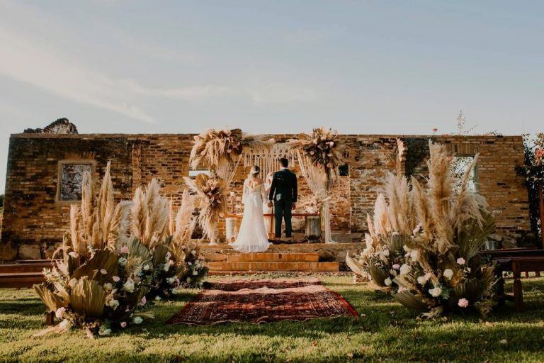 {Lápis Entrevista} Fazenda Embaúva conta 3 dicas para fazer um cerimônia ao ar livre no verão