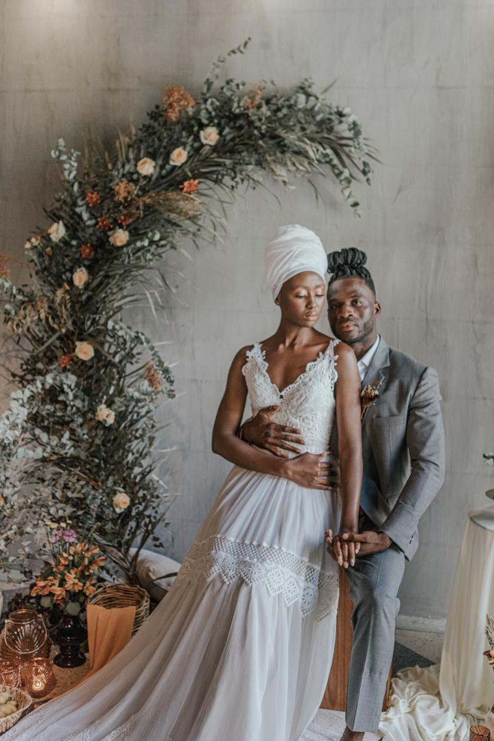 {Editorial Savage} Modernas raízes ancestrais africanas celebram a beleza e o amor sem barreiras