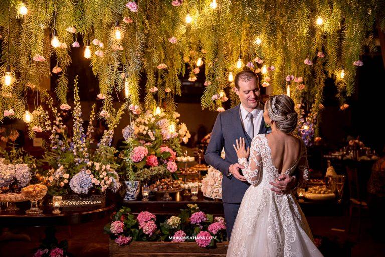 Casamento clássico com toque rústico em tarde fascinante no Covadonga Eventos – Priscilla & Marlos