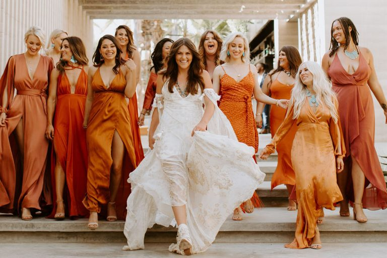 {Dicas Úteis} Como combinar o vestido das madrinhas com a decoração de casamento?