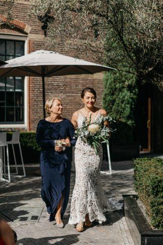 entrada da noiva cortejo de casamento