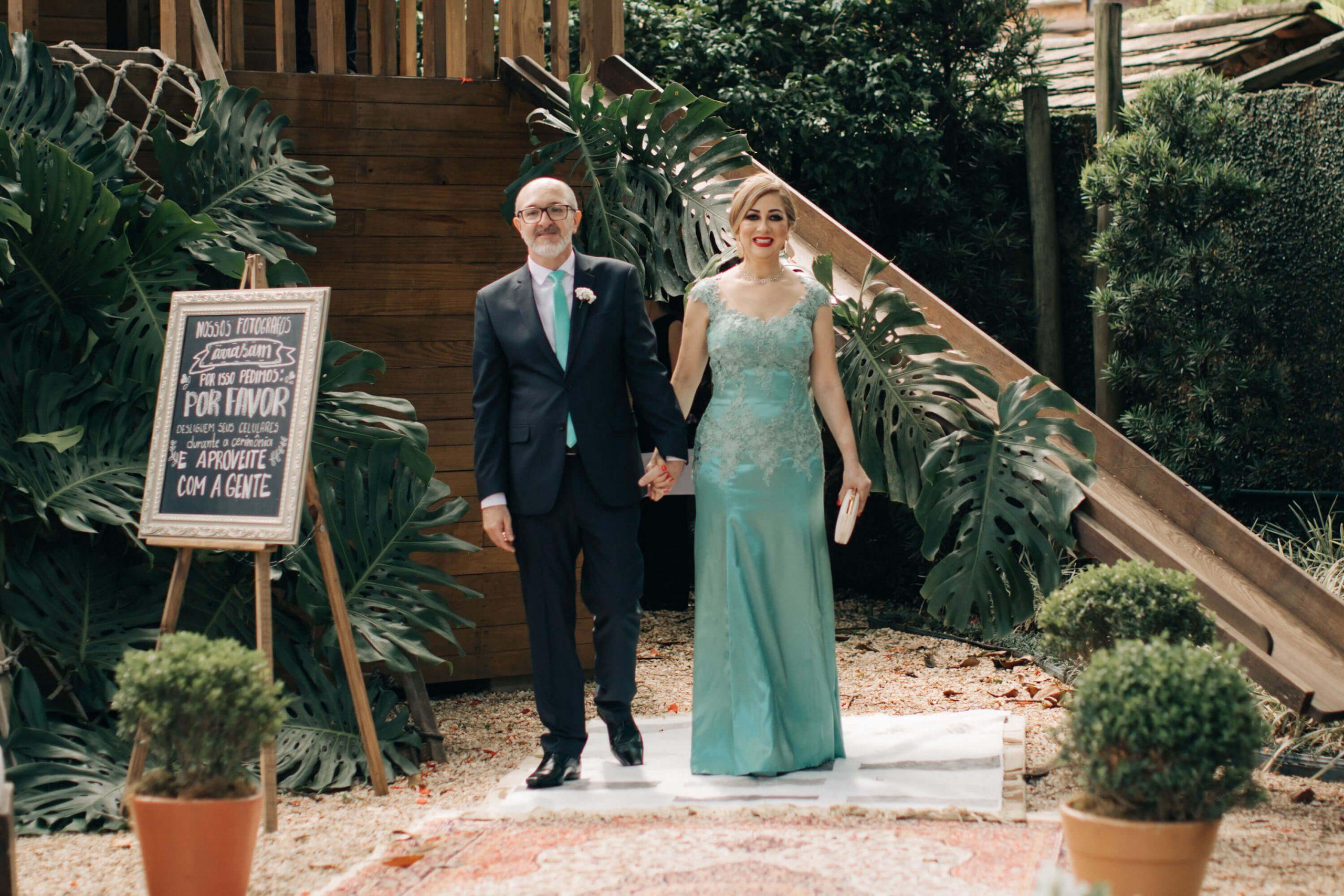 casamento quem entra primeiro