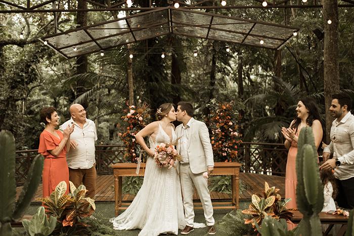 Renovação de votos cheia de significado e muito amor na Casa Giardino – Talita & Diego