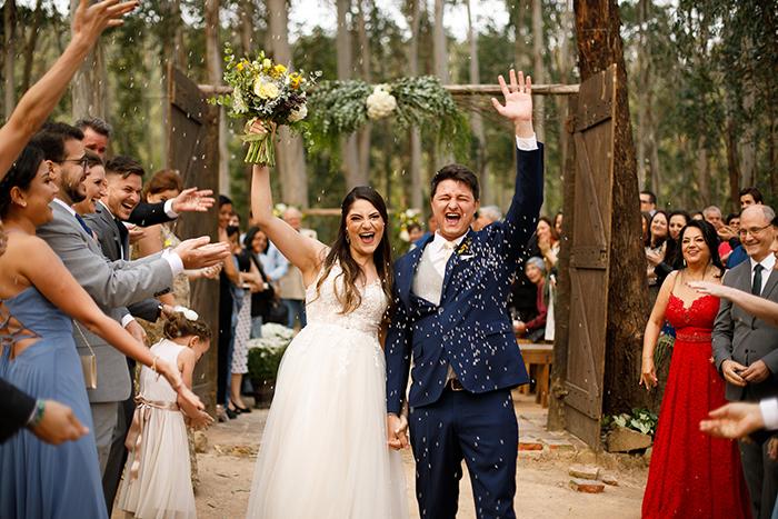 Casamento no campo numa tarde alegre e adorável na Fazenda Floresta – Camila & Matheus