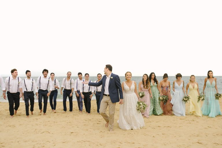 Destination Wedding alegre e cheio de personalidade no Estaleiro Guest House – Stéphanie & Felippe