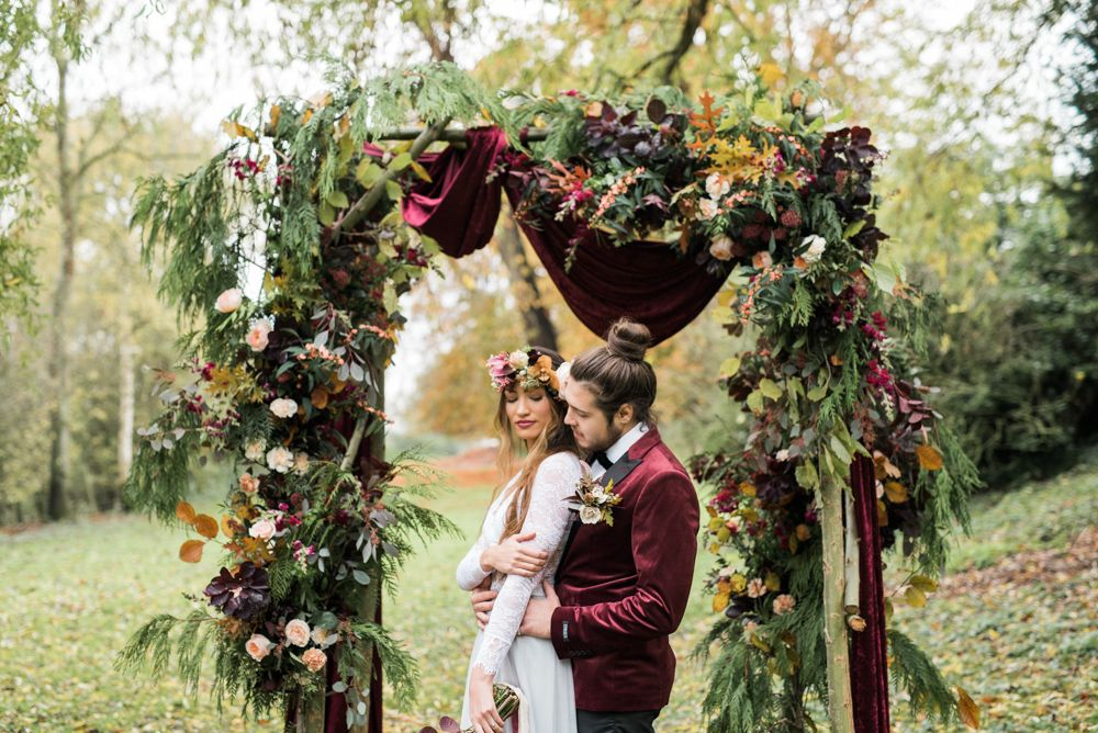 Altar de casamento marsala