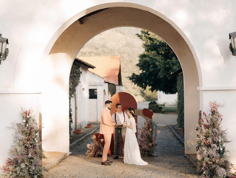 Celebrantes de casamento que prometem deixar a sua cerimônia de casamento mais emocionante!