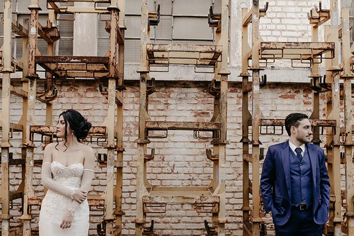 Casamento industrial para dizer SIM em manhã iluminada em São Paulo – Pérola & Vitor