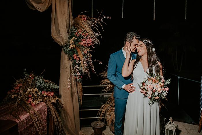 """Micro wedding adorável no lago numa tarde encantadora para dizer """"SIM"""" na Bahia – Thales & Thayná"""