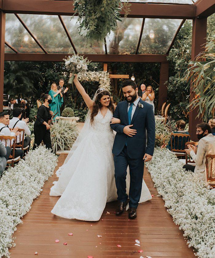 Casamento clássico e romântico numa tarde iluminada em Brasília – Vivi & André