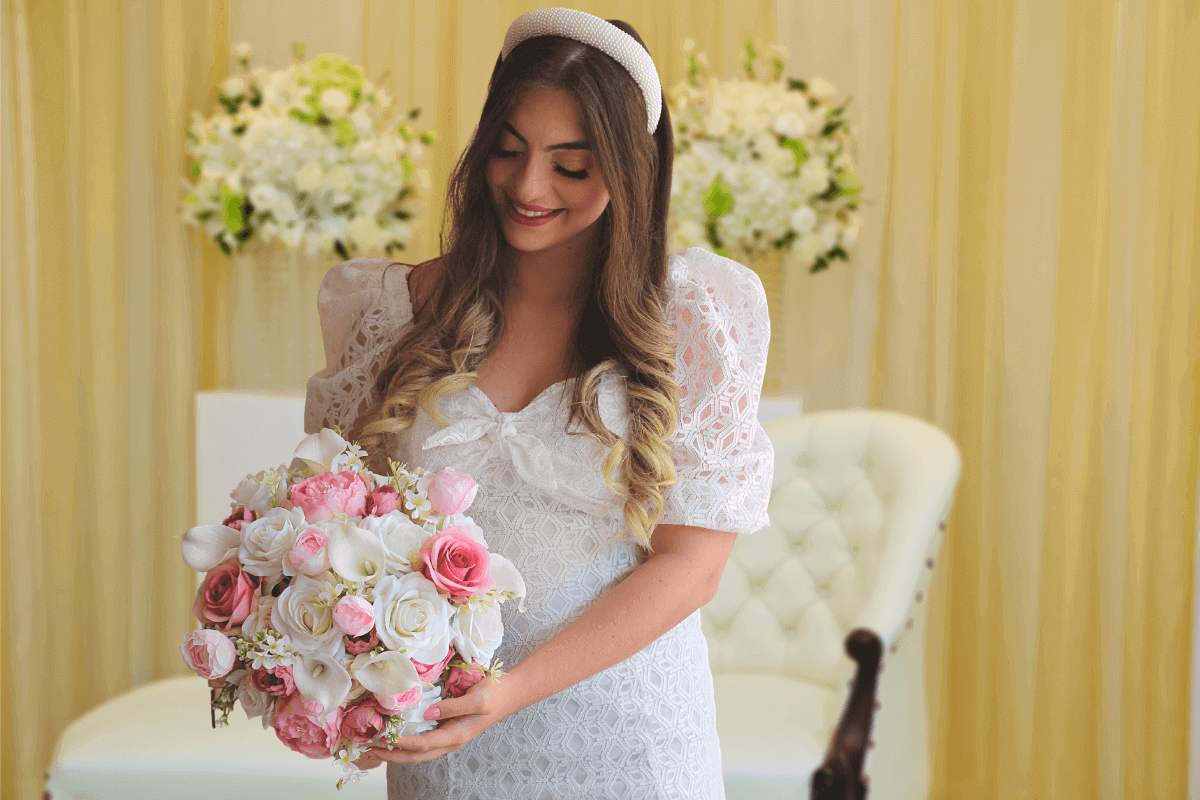 buquê de noiva rosas