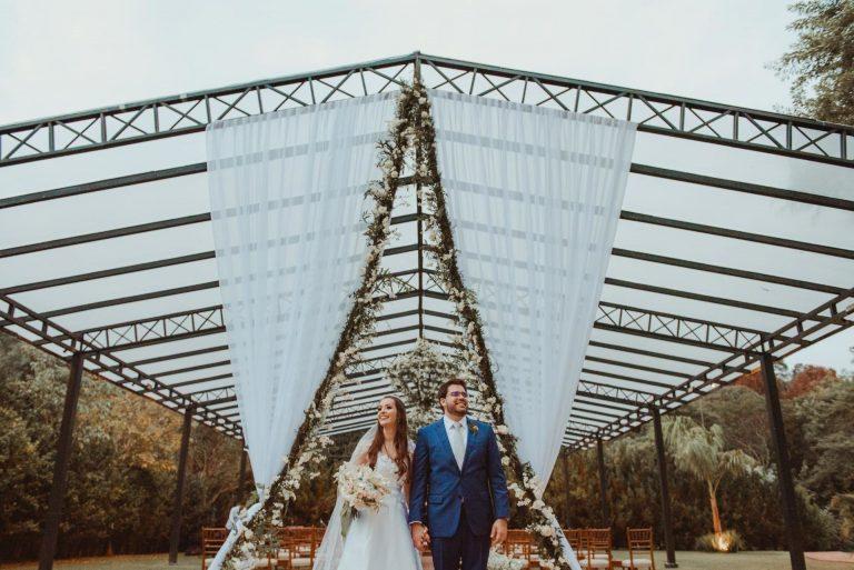 Casamento no campo no estilo clássico numa tarde adorável na Fazenda Dona Inês – Daniella & Allan