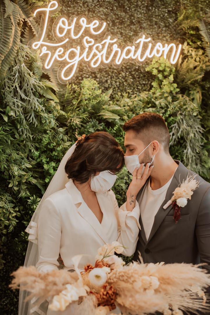 Casamento civil moderno e minimalista cheio de personalidade em Belém do Pará – Priscila & Victor