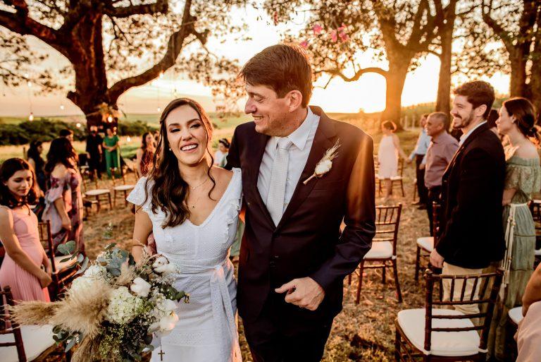 Casamento rústico e minimalista no interior paulista – Beatriz & Fábio