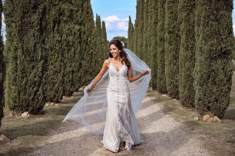 Destination Wedding intimista em castelo encantador num final de tarde espetacular na Itália – Haline & Yuri