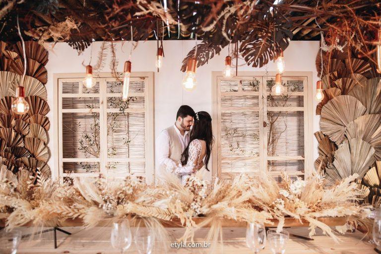 Elopement Wedding na praia num final de tarde deslumbrante em Búzios – Isabella & Matheus