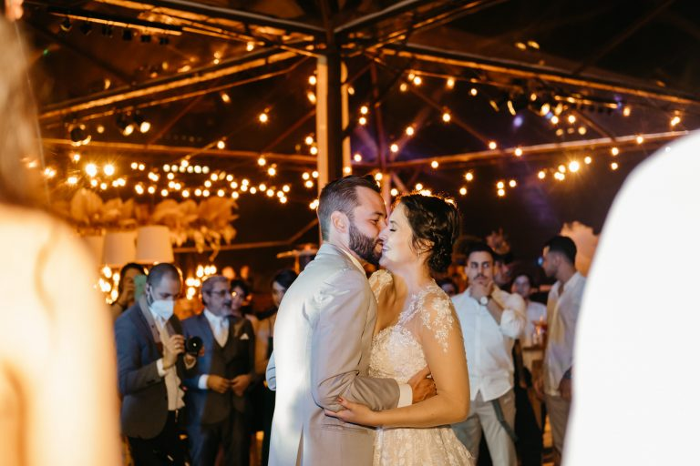 Casamento no campo em clima intimista e aconchegante numa tarde iluminada em Juquitiba – Gabriela & Paulo