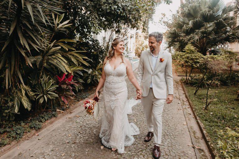 Casamento boho minimalista num dia incrível e cheio de amor em Santos – Thais & Leo