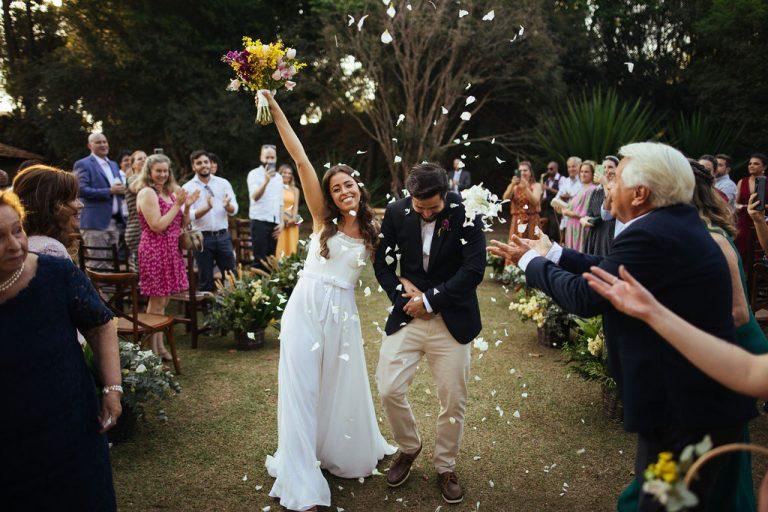 Mini wedding rústico com toque italiano num dia iluminado para dizer SIM – Bianca & Fabio