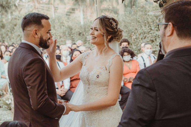 Casamento rústico cheio de detalhes especiais – Darfiny & Lucas